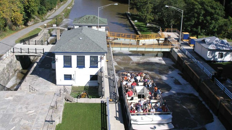 Erie-Canal-Lockport-768×432