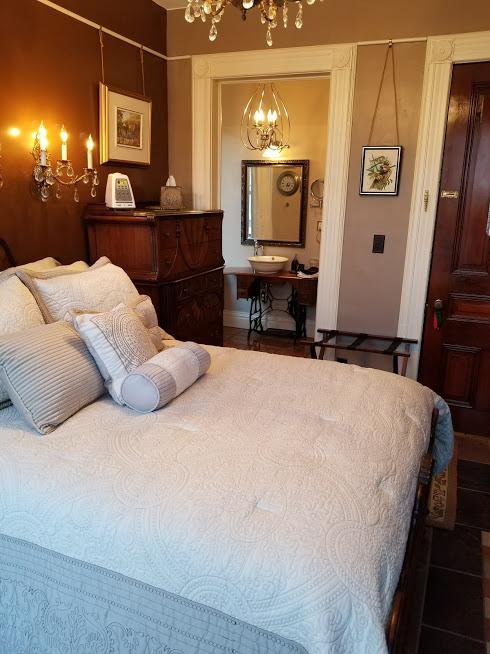 Sparrow Suite 1 – Buffalo Harmony House